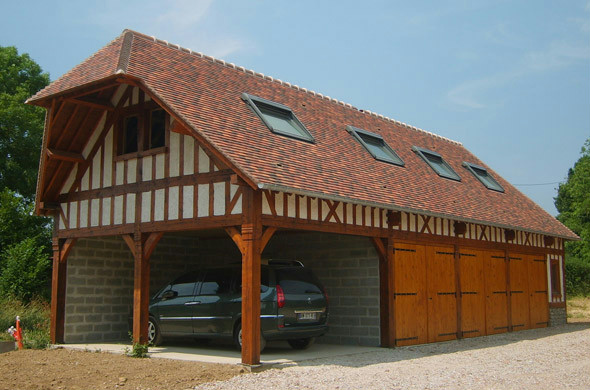 Garage avec chartil